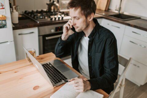 在宅勤務におすすめの副業3選【先があるビジネス】