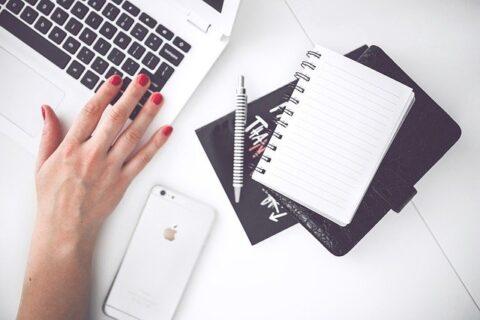 ブログ運営で失敗をする行動と考え方【報告に流されない】